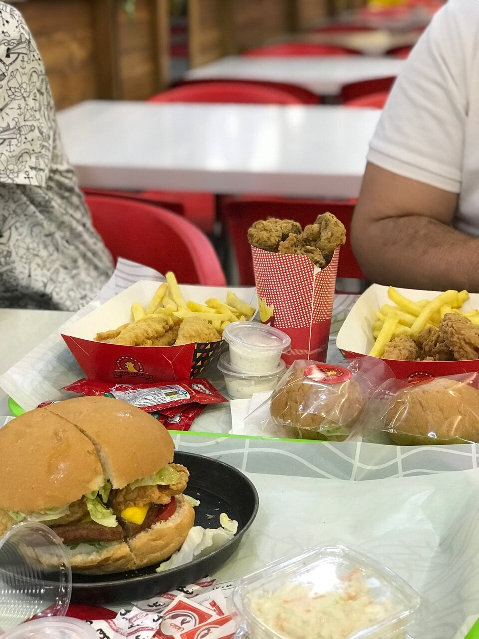 Kashan Mall Food Court (5).jpg