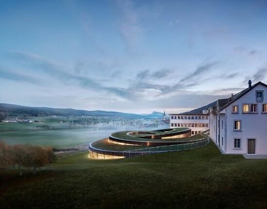بنای مارپیچی در سوئیس که با الهام از قسمتهای داخلی ساعت طراحی شده!