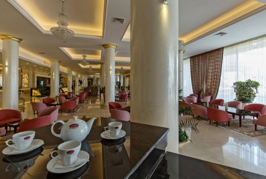 Hayat Park Grand Hotel Coffee Shop