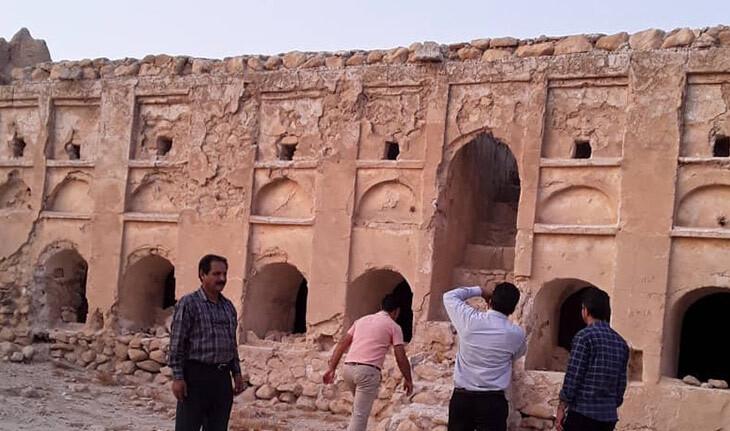 قلعه حمزه خانی، معروف به قلعه سیاه، یادگاری در استان فارس!