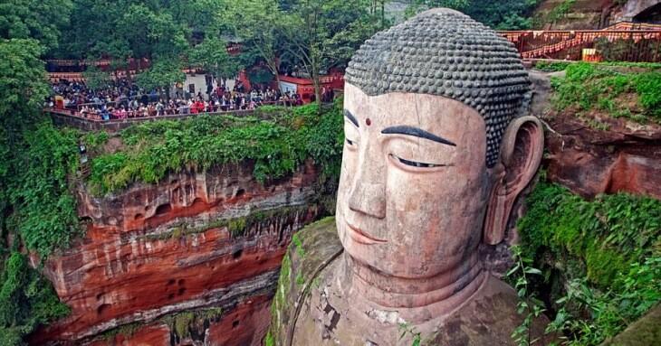 بزرگترین پیکره بودای جهان در چین در حال غرق شدن است!