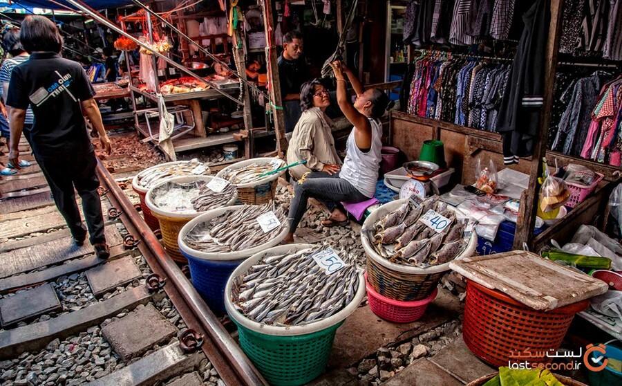 بازار ریلی معروف مائک لانگ تایلند، محلی خطرناک برای خرید!