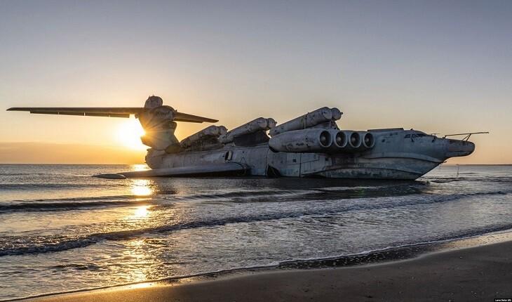 تنها نیمه کشتی - نیمه هواپیمای ساخته شده در تاریخ، در دریای خزر به گل نشست!