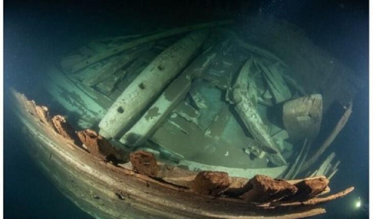 کشف باورنکردنی کشتی کاملاً حفظ شده توسط غواصان!