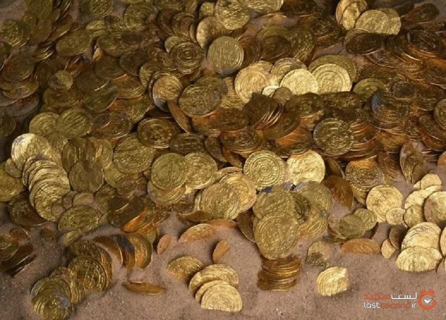 کشف گنجینه سکه طلای 1000 ساله توسط دو نوجوان!