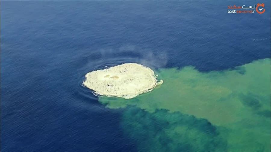 صحنه شگفت انگیز خلقت یک جزیره جدید در اقیانوس آرام!