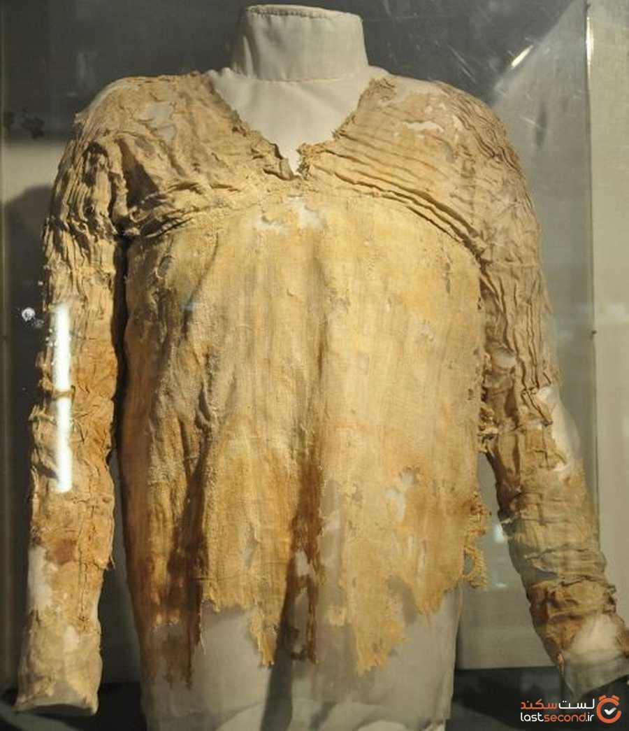 oldest-dress-in-history.jpg