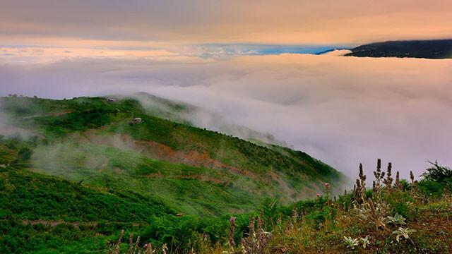 سفر به بالای ابرها در فیلبند