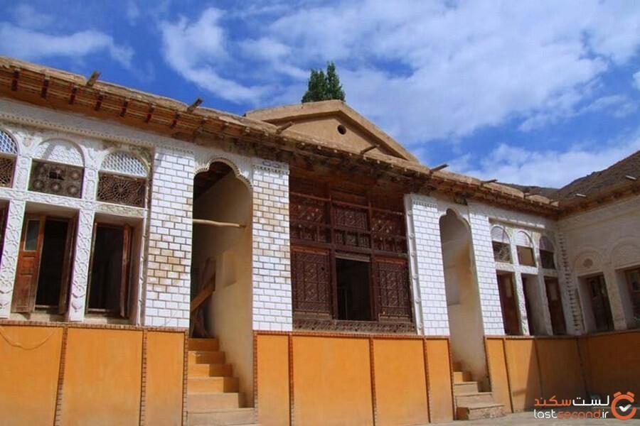 خانه نیما،پدر شعر نو در یوش