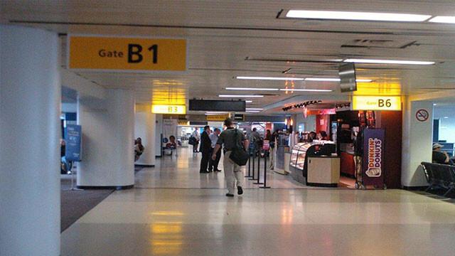 گیت فرودگاه مهرآباد
