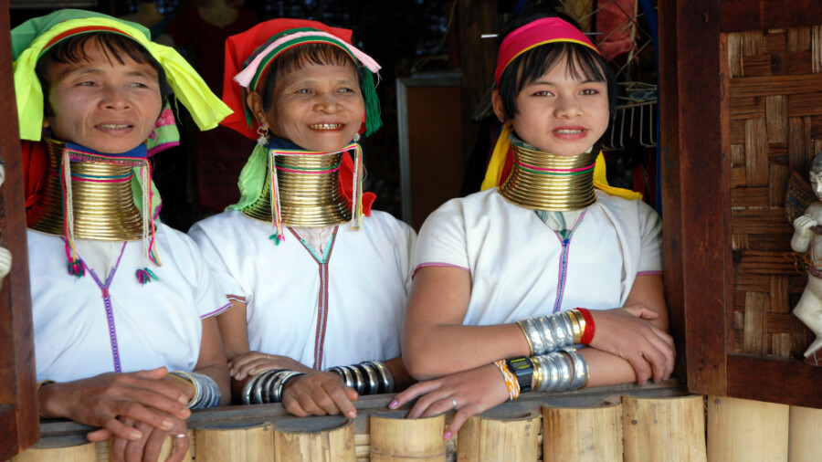 قبیله ای عجیب، زنان گردن دراز در تایلند!