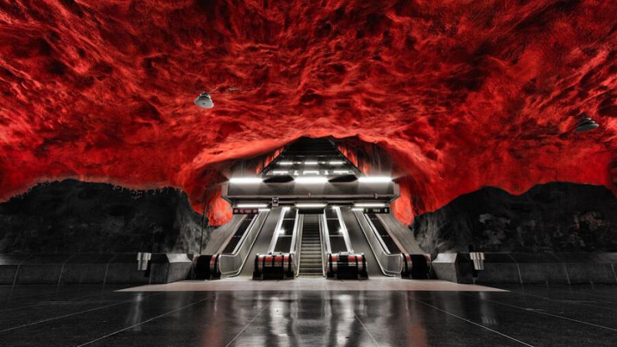 مترو استکهلم، یکی از زیباترین و خاص ترین مترو های جهان!