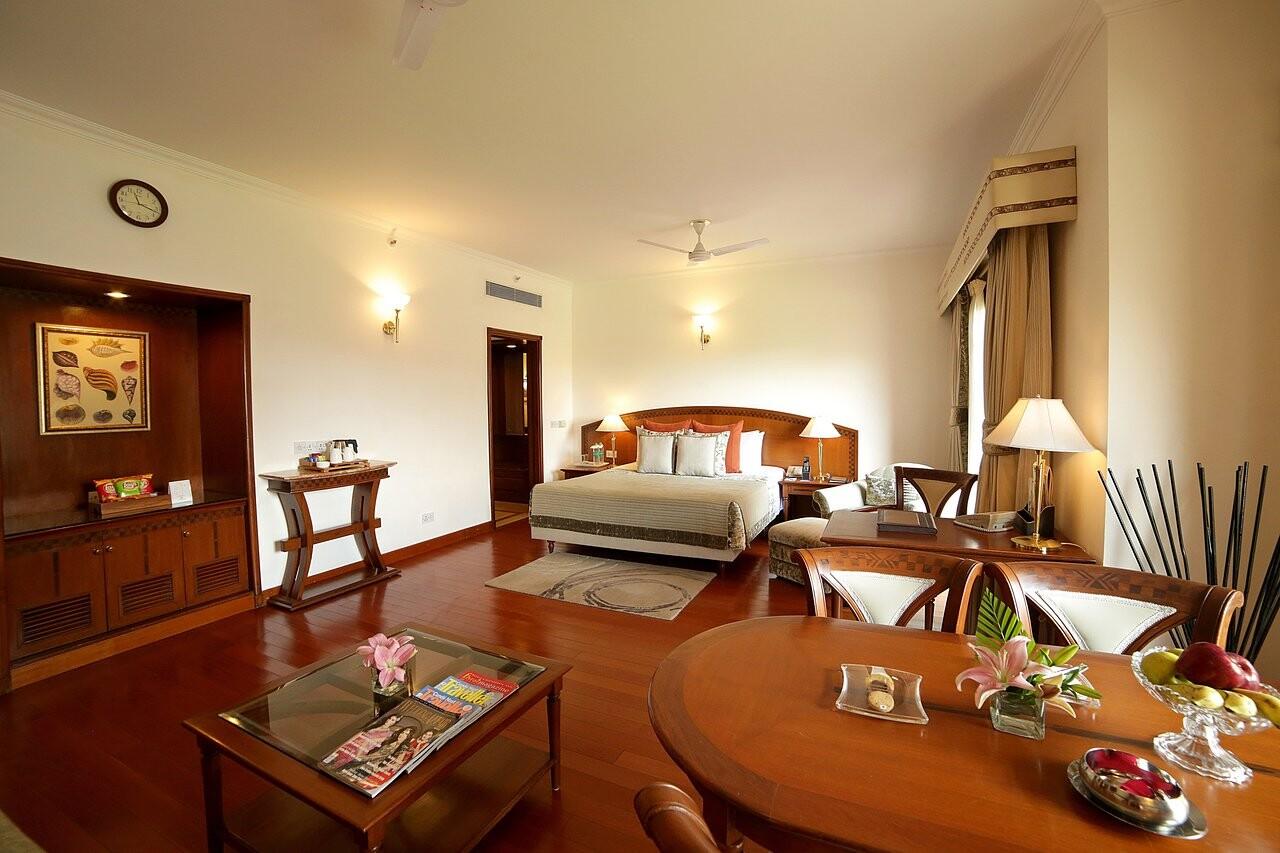 Jaypee Palace Hotel & Convention Centre Agra (1).jpg