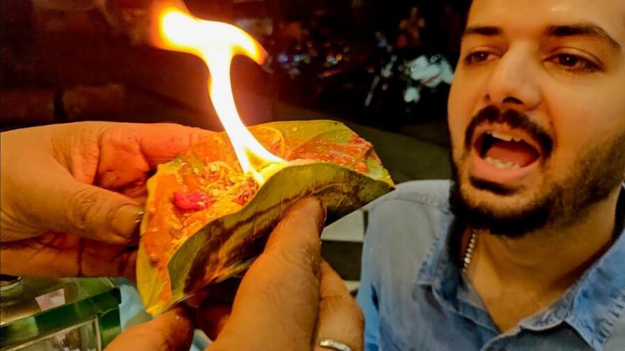 دسر مورد علاقه هندی ها، قورت دادن آتش!