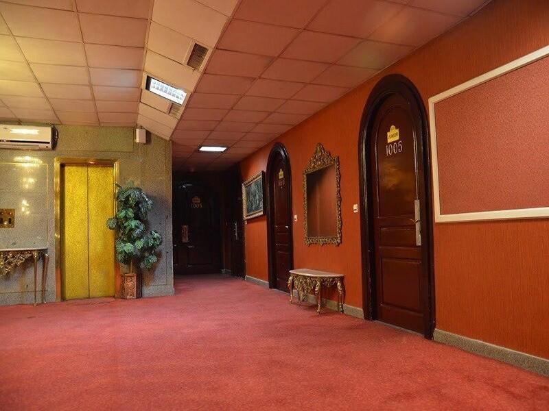 Borje Sefid Hotel Pasdaran  (2).jpg