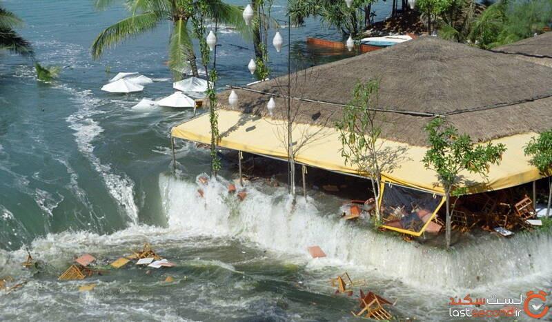 سونامی تایلند