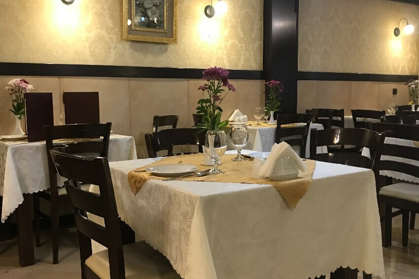 رستوران نایب (هفت تیر)