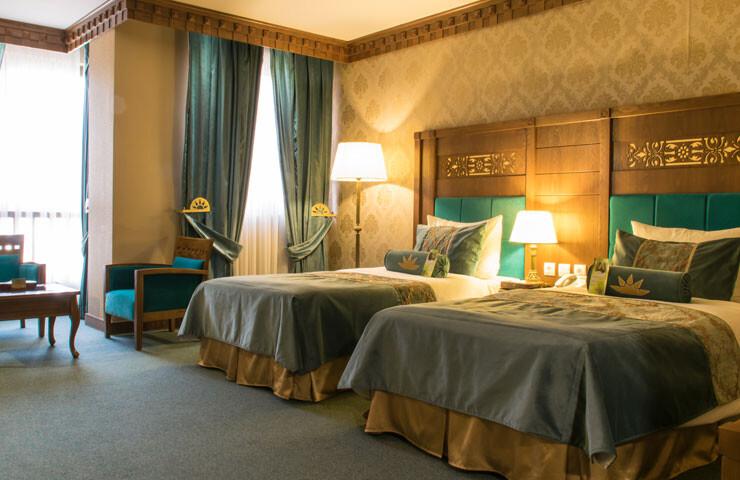 بهترین هتلهای شیراز از نظر کاربران لستسکند + عکس، آدرس و تلفن