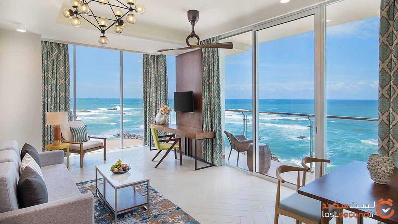 one-bedroom-suite_livingroom.jpg