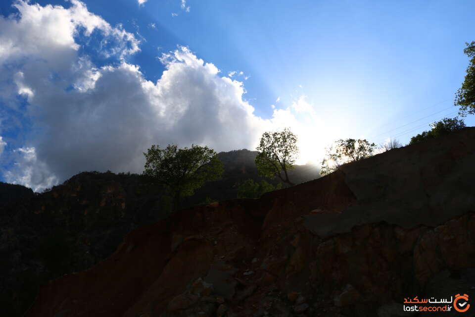 دشت و کوه های شهر ایزه