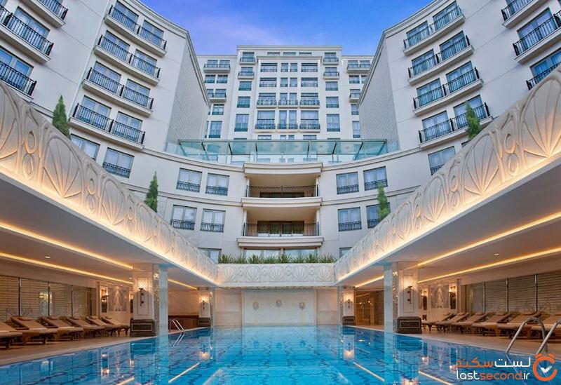 استخر روباز هتل سیویکی پارک استانبول
