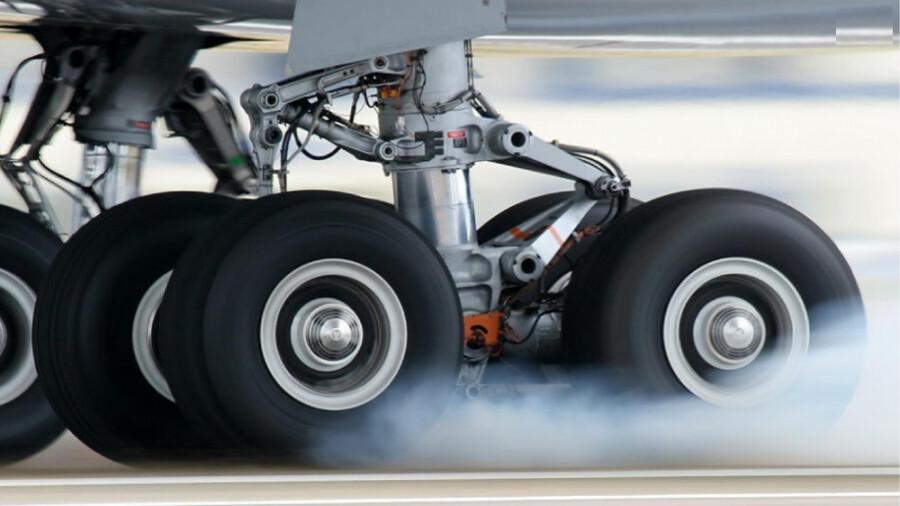 چرا برخاستن و فرود هواپیما خطرناکترین لحظات پرواز است؟