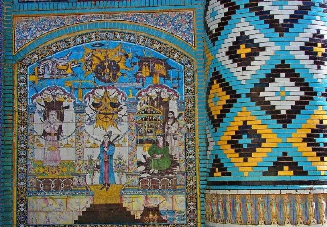 کاشیکاریهای تکیه معاونالملک کرمانشاه و دنیایی از داستان