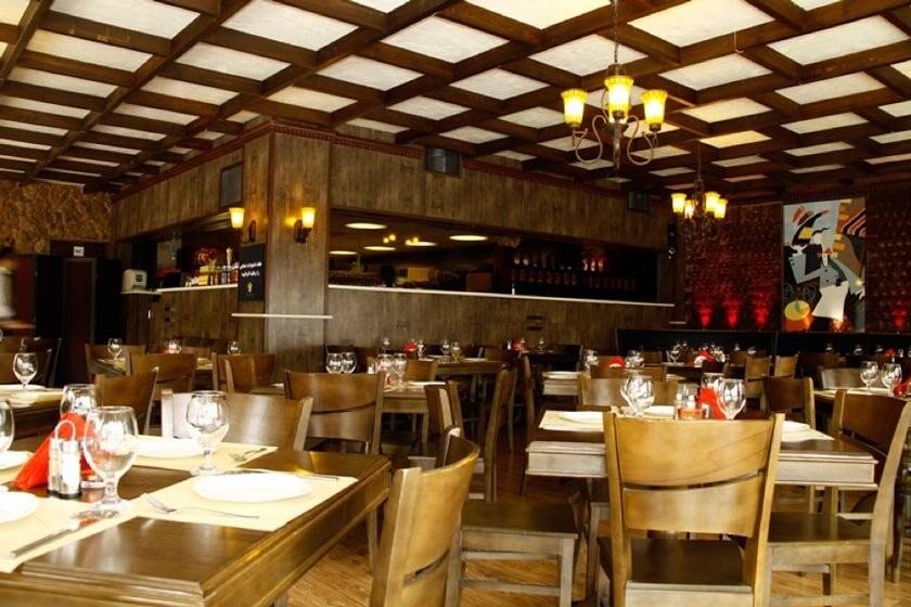 رستوران جنارو  (شعبه پاسداران)