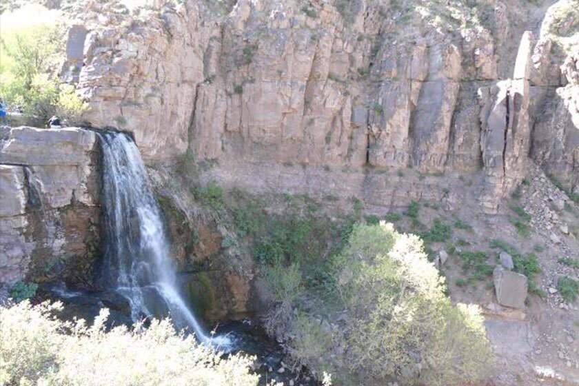 Arana Waterfall (4).jpg