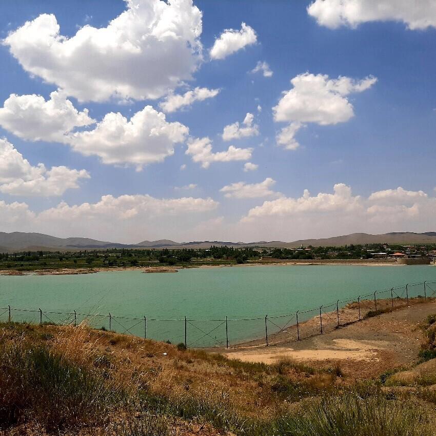 Farnaq dam