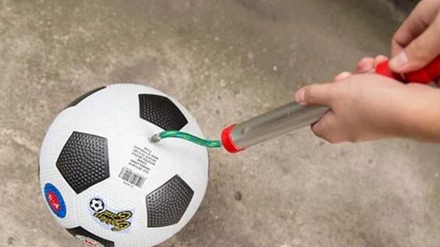 جام جهانی فوتبال و کادوی نمایشگاهی