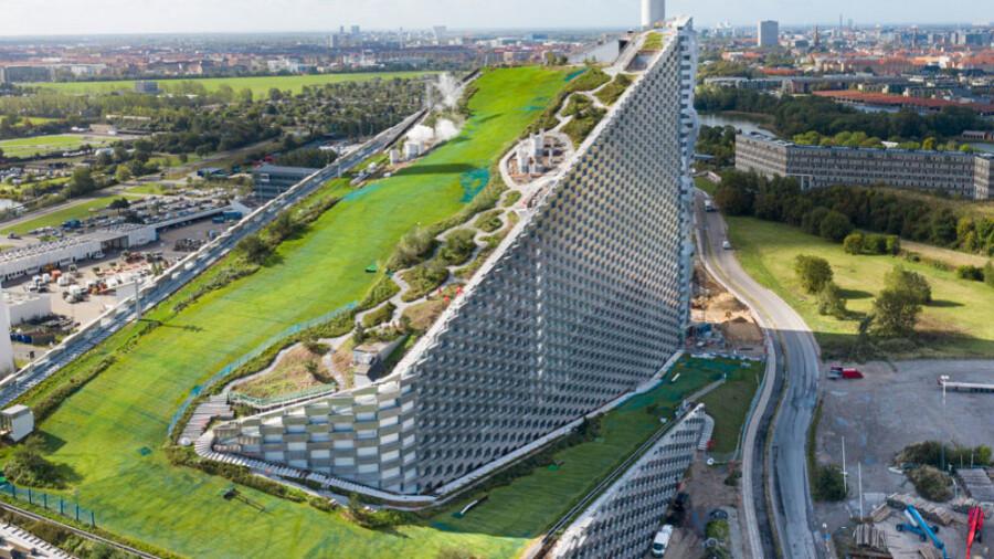 کوپن هیل، نیروگاه تولید انرژی، بازیافت زباله یا پیست اسکی!؟