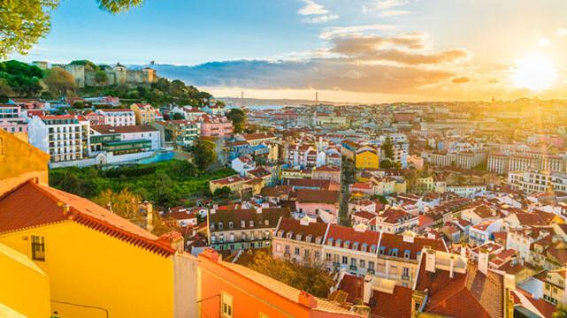سفر به لیسبون، شهر مهربانی و آفتاب (سفرنامه پرتغال)