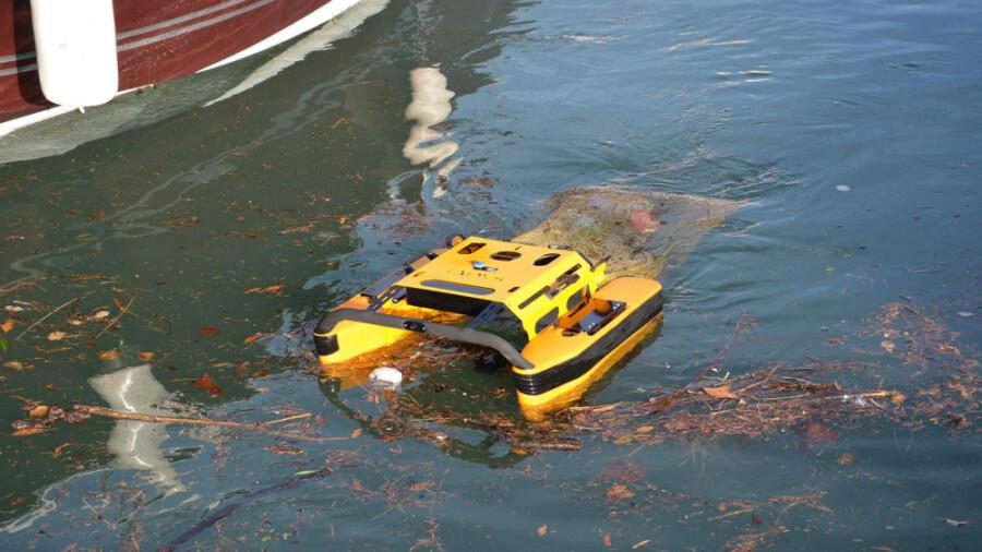ربات عروس دریایی، راه حلی برای جمع آوری زباله ها!