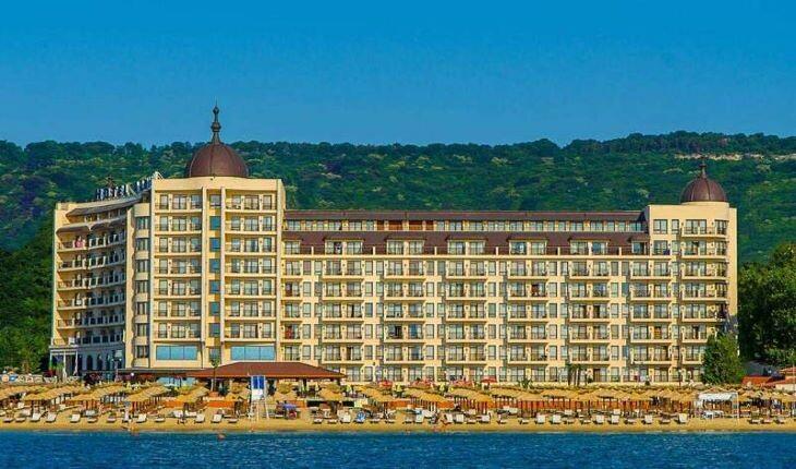 هتل آدمیرال، بلغارستان