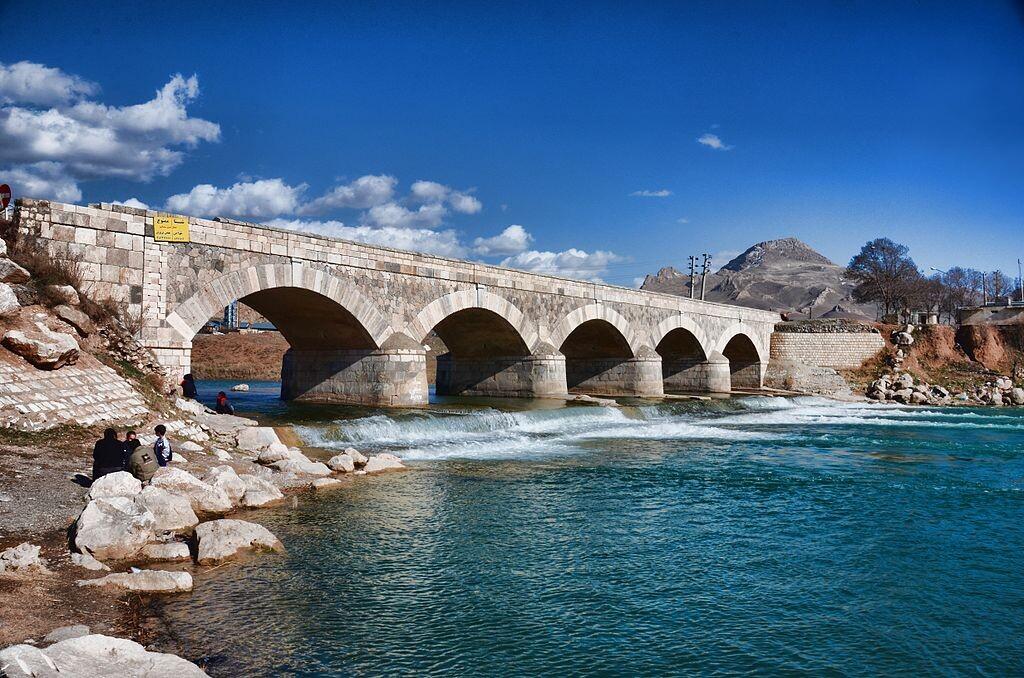 Chehr Bridge