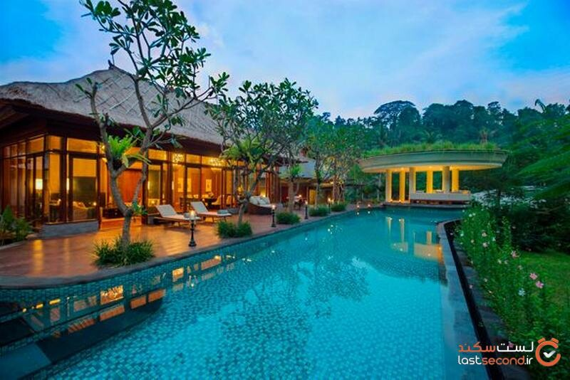 استخر هتل مانداپا ریتز کارلتون
