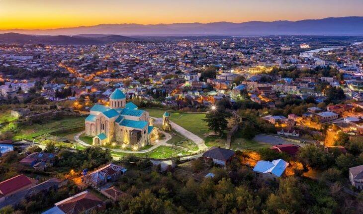 10 شهر زیبا و دیدنی در گرجستان 