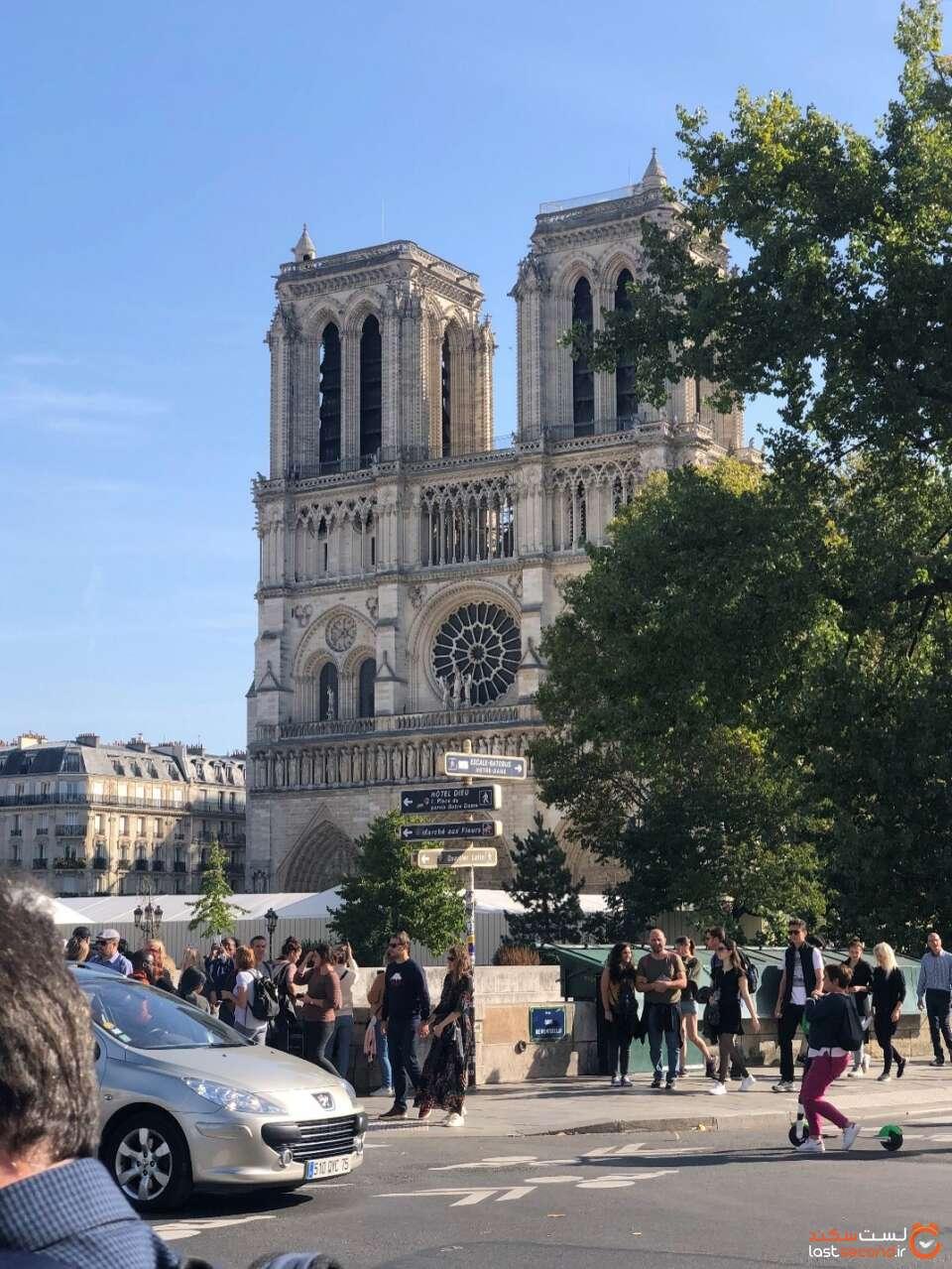 نمایی از کلیسای نتردام در پاریس
