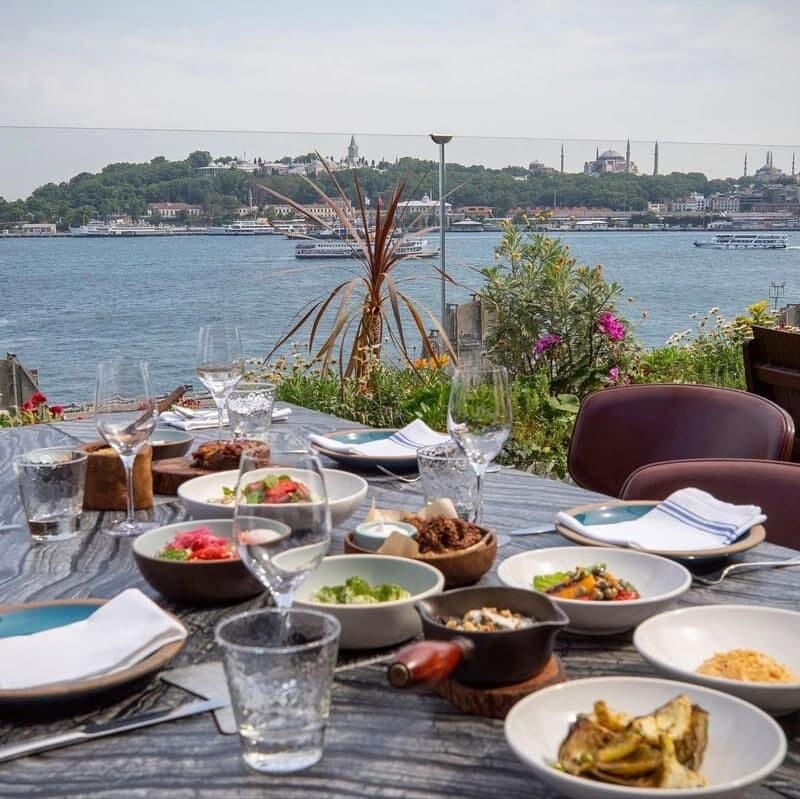رستوران ساحلی هتل نووتل استانبول