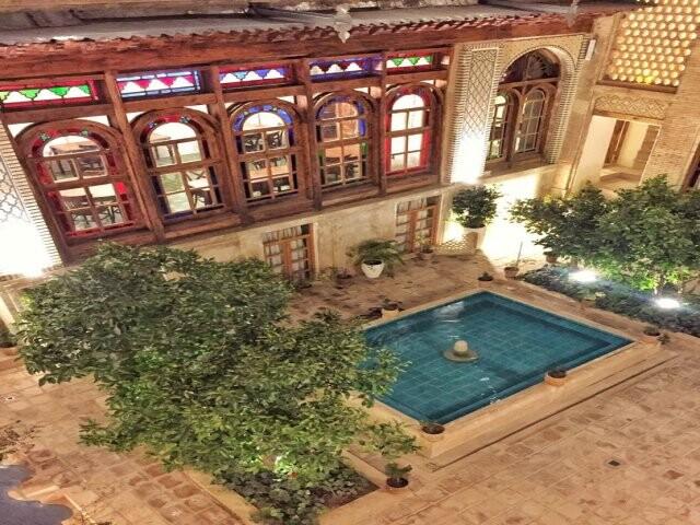 بوتیک هتل راوی