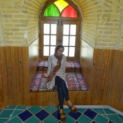 خدیجه عربی