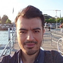 رضا خسروی
