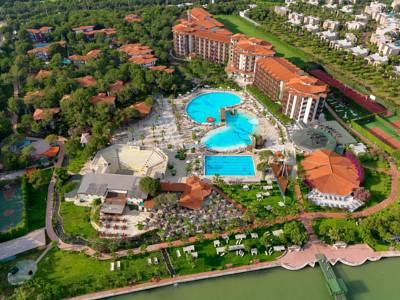 هتل لتونیا گلف ریزورت