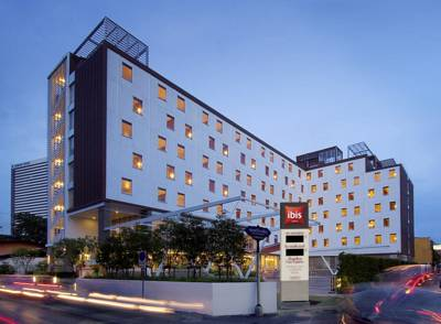هتل ای بیس ستورن
