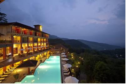هتل آمایا هیلز