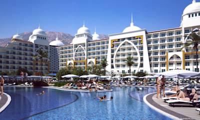 هتل زافیرا دلوکس