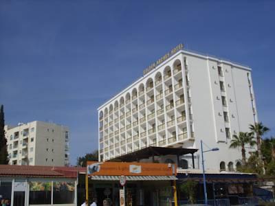 هتل گلدن آرچز