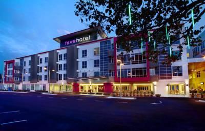هتل فیو هتل سنانگ بیچ