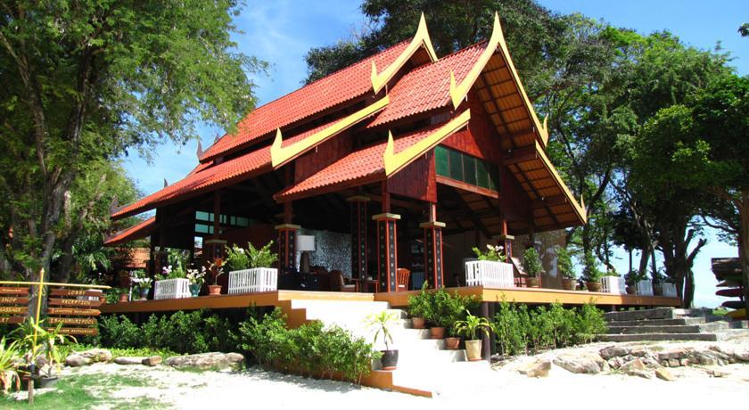 هتل فی فی نچرال ریزورت